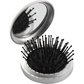The brush from the bag, the fold-mirror. Customizable with your logo