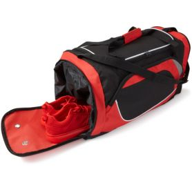 Sports bag with large central compartment and shoe compartment. 56 x 29.5 x 28 cm