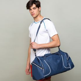 Sports bag in Polyester 600D with shoulder strap. 60 x 34 x 30 cm