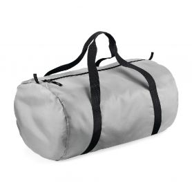 Tubular silver duffel bag with double handle, 210D polyester, light and waterproof. 50 x 30 x 26 cm