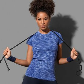 T-shirt Raglan Sport Active Seamless. Femme, tubulaire, sans étiquette. Stedman