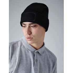 100% acrylic soft-touch winter cap. Unisex. Beechfield