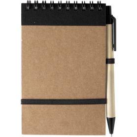 Notes/Taccuino nero in carta riciclata 10 x 14,4 cm con penna ed elastico.  Personalizzabile con il tuo logo!