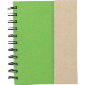 Set Memo green 12 x 15 cm cardboard with stick stickers and pen. Customizable with your logo