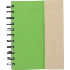 Set Memo verde 12 x 15 cm in cartone con stick adesivi e penna. Personalizzabile con il tuo logo