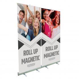 Roll Up in alluminio con magneti per agganciare più grafiche in sequenza. Con stampa HD.